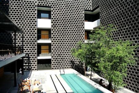 hotel_carlota_125384311_1000x669