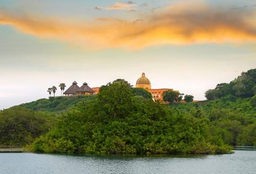 943144-cuixmala-hotel-jalisco-mexico