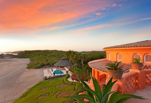 943159-cuixmala-hotel-jalisco-mexico