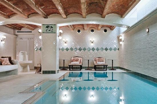 soho_house_barcelona__965940994_1200x