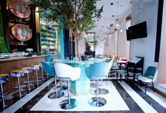 barra-y-comedor-0-restaurante-puerta-de-alcala-1024x696